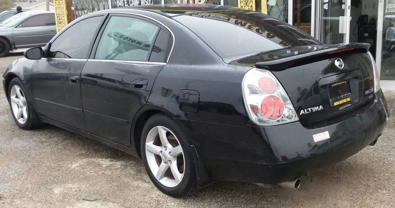 Nissan ALTIMA 2005 price $299 Down