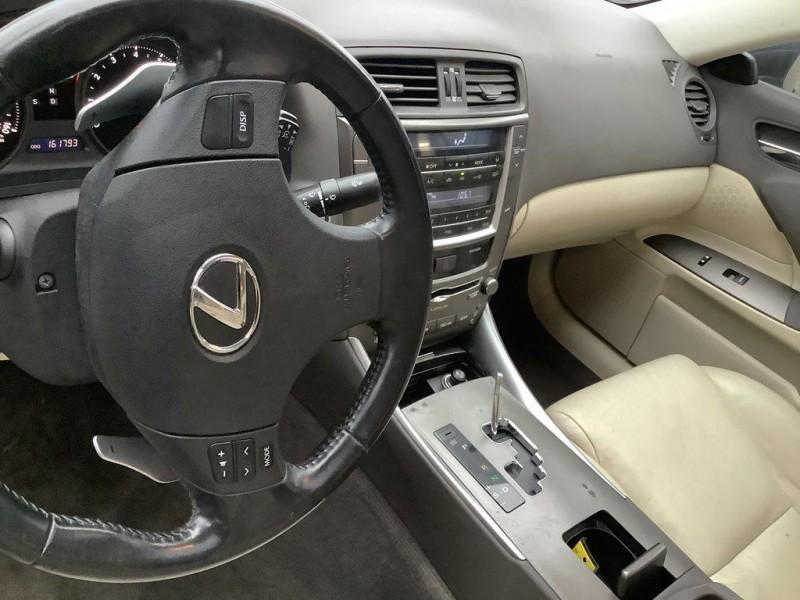 Lexus IS 2009 price $2,025 Down