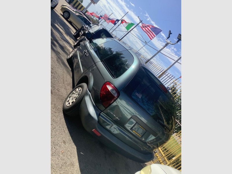 CHRYSLER VOYAGER 2002 price $700
