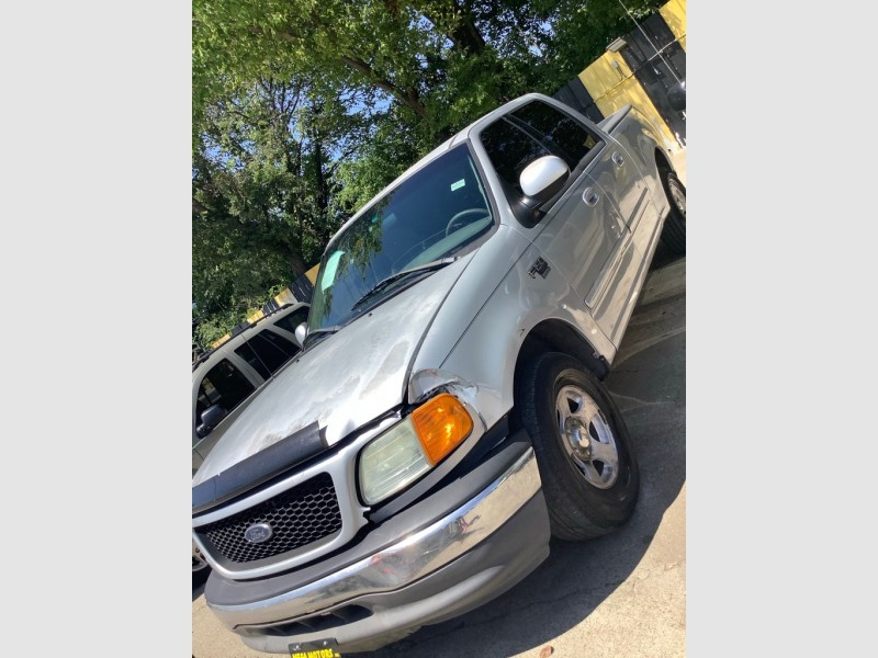 FORD F150 2001 price $925
