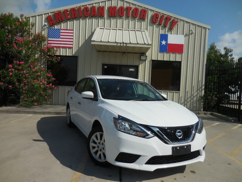 Nissan Sentra 2017 price $10,750
