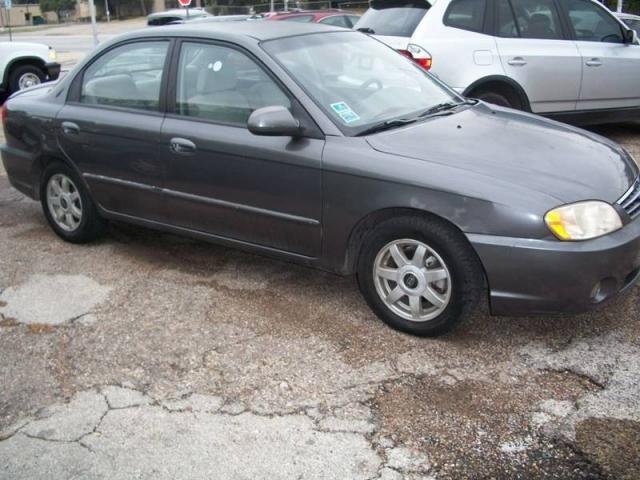 2004 Kia Spectra