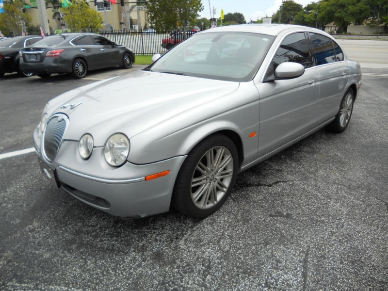 JAGUAR S-TYPE 2005 price $2,949