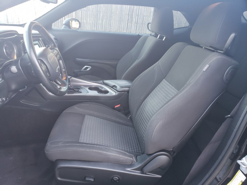 Dodge Challenger 2017 price $1,500 Down