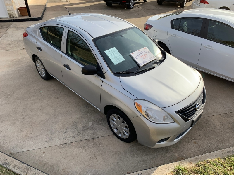 Nissan Versa 2013 price $5,995 Cash