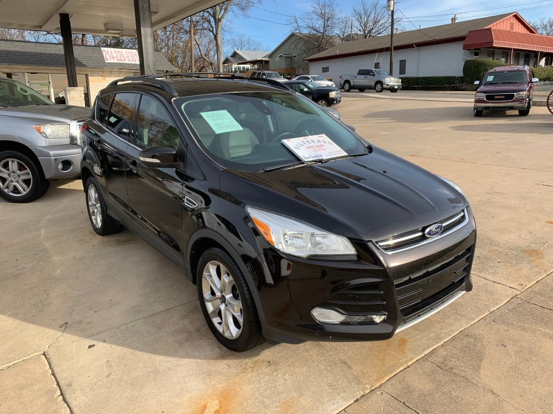 Ford Escape 2013 price $11,995 Cash