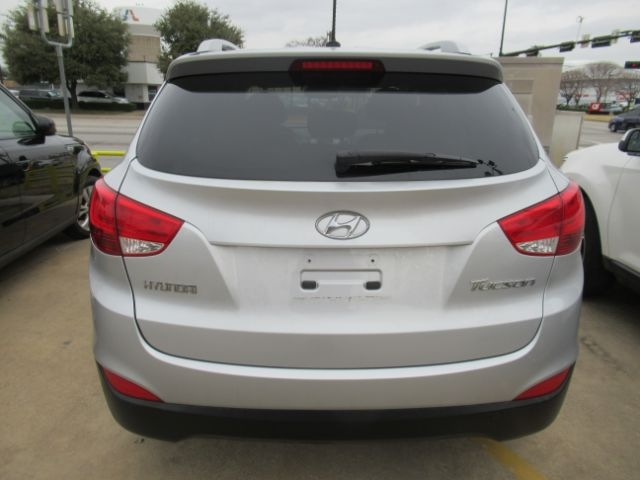 Hyundai Tucson 2012 price Call for Pricing.