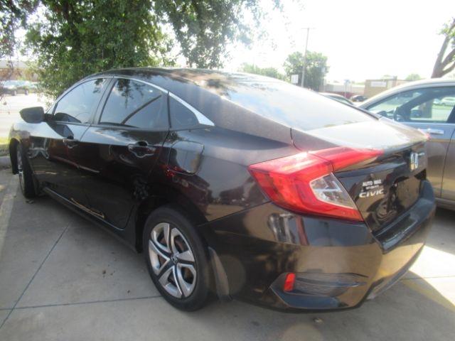 Honda Civic Sedan 2016 price Call for Pricing.