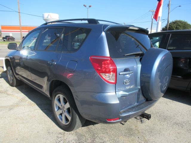Toyota RAV4 2008 price Call for Pricing.