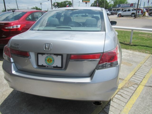 Honda Accord Sdn 2012 price Call for Pricing.