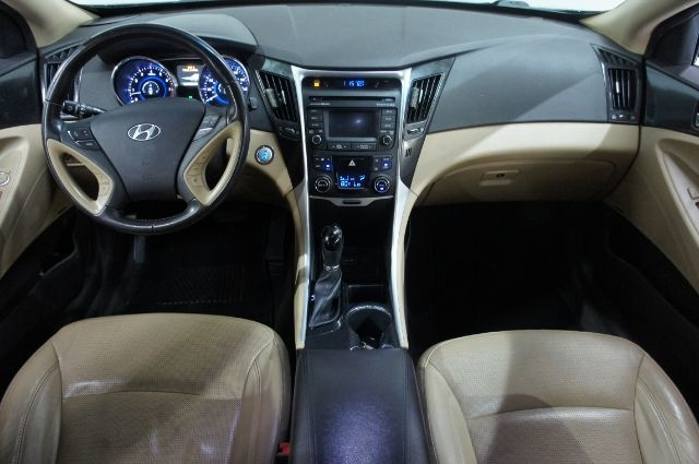 Hyundai Sonata 2014 price Call for Pricing.