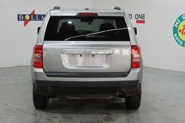 Jeep Patriot 2016 price Call for Pricing.