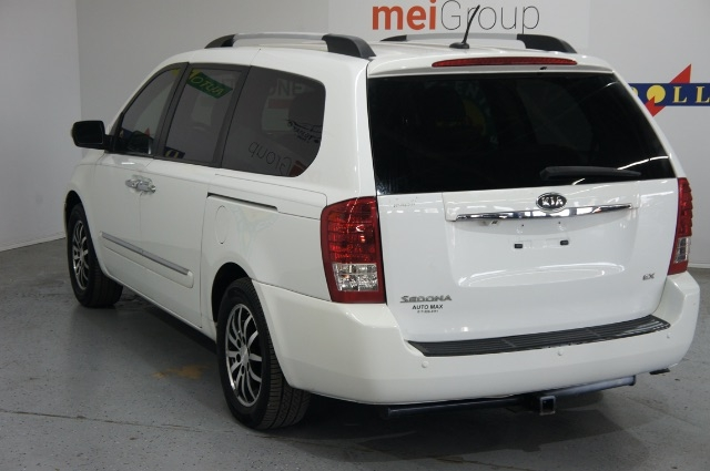 Kia Sedona 2012 price Call for Pricing.
