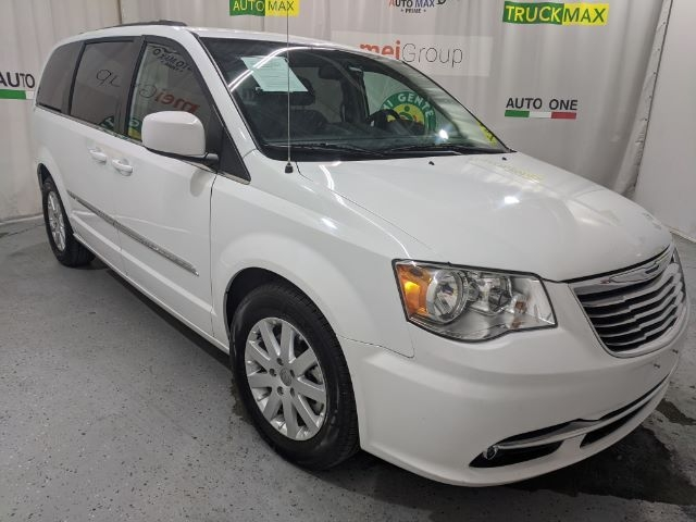 Chrysler Town & Country 2015 price Call for Pricing.
