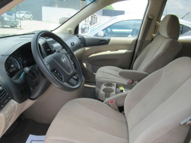 Hyundai Entourage 2008 price Call for Pricing.