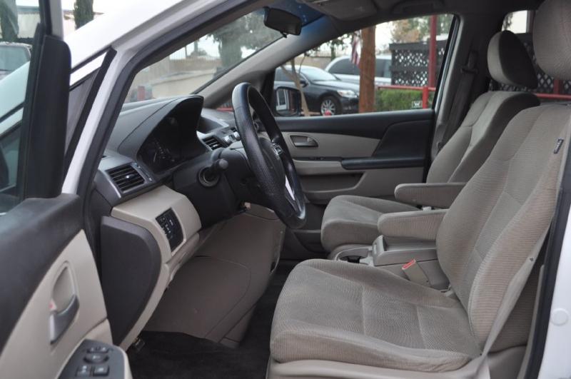 Honda Odyssey 2012 price $11,984