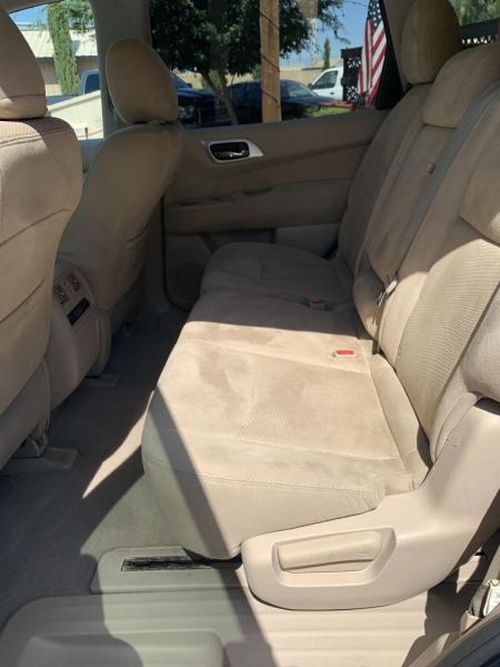 Nissan Pathfinder 2014 price $11,835