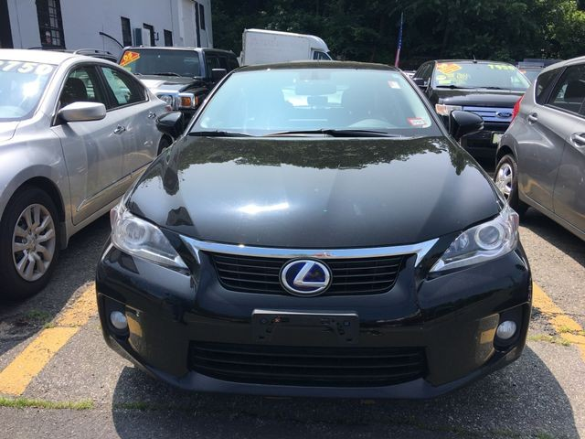 Lexus CT 2012 price $12,450