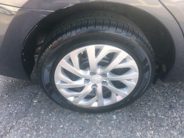 Toyota Corolla 2017 price $11,950