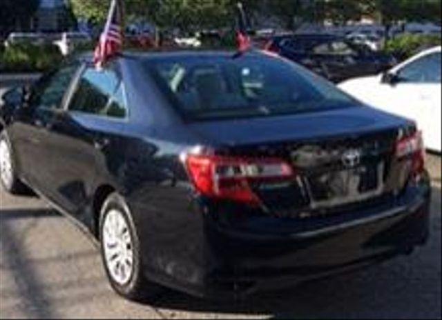 Toyota Camry 2014 price $10,950