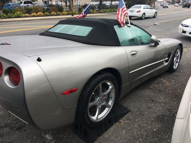 Chevrolet Corvette 2001 price $12,950