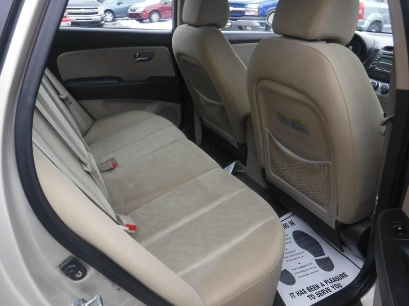 Hyundai Elantra 2010 price $6,995