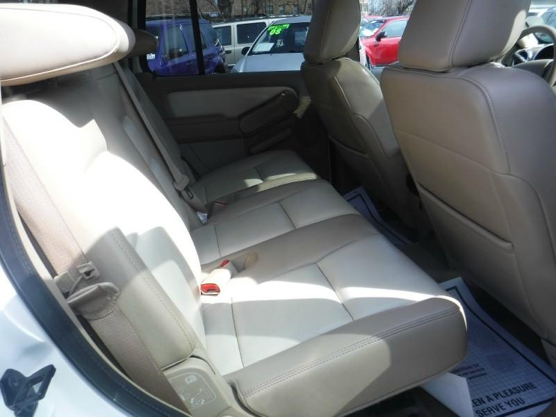 Ford Explorer 2010 price $9,995