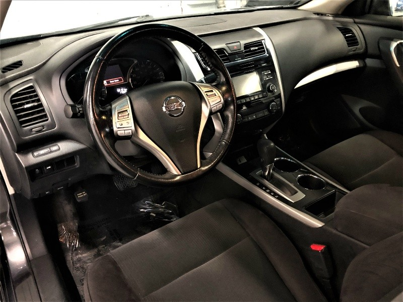 Nissan Altima 2013 price $7,900
