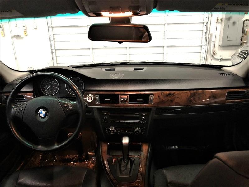 BMW 3-Series 2011 price $7,950
