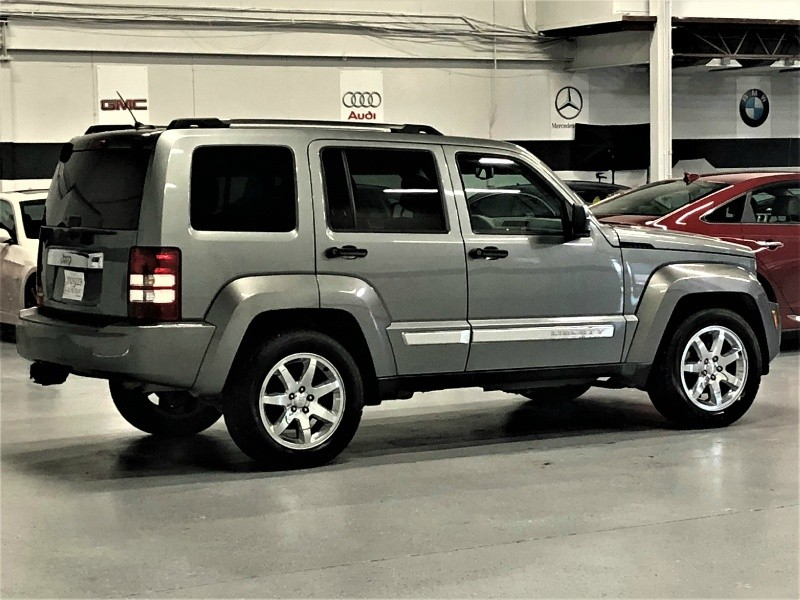Jeep Liberty 2012 price $7,950