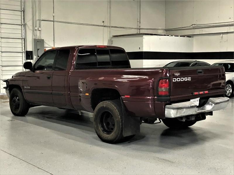 Dodge Ram 3500 2001 price $7,600