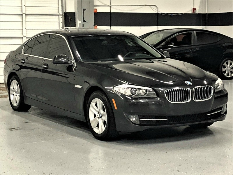 BMW 5-Series 2011 price $11,350