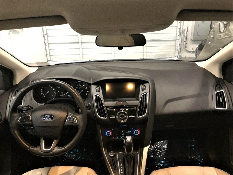 Ford Focus 2016 price $10,950