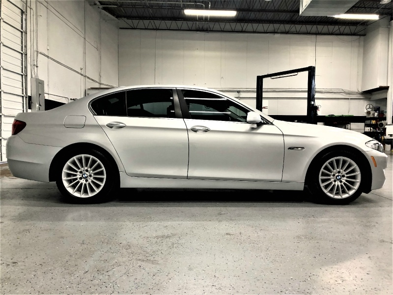 BMW 5-Series 2011 price $11,995