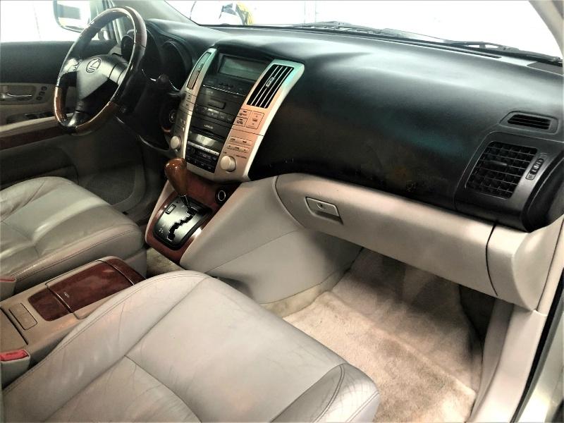 Lexus RX 330 2005 price $4,800