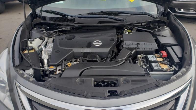 Nissan Altima 2014 price $10,600