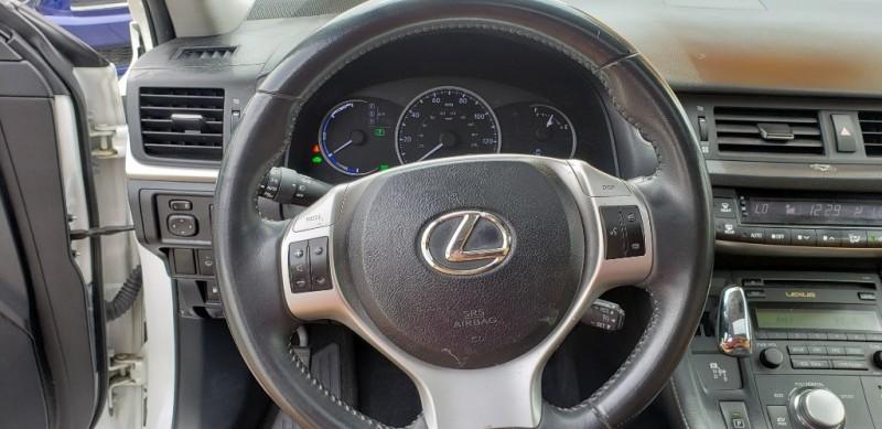 Lexus CT 200h 2013 price $12,499