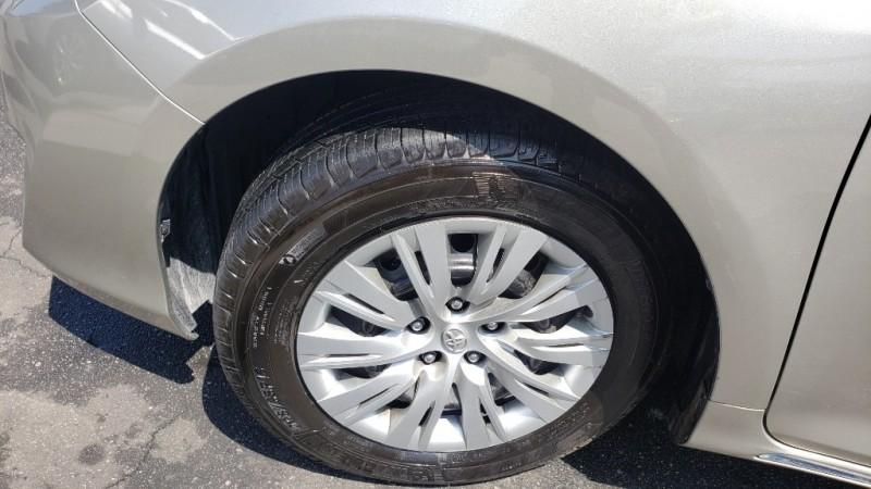 Toyota Camry 2014 price $11,499