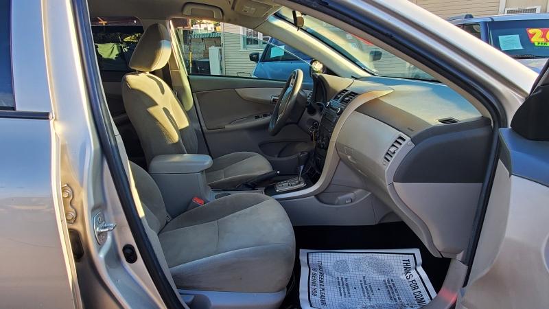 Toyota Corolla 2010 price $7,995