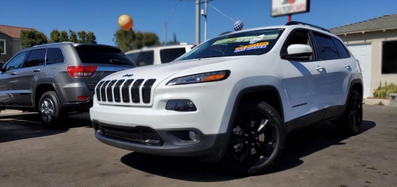 Jeep Cherokee 2018 price $19,895