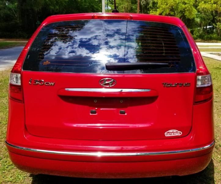 Hyundai Elantra 2012 price $8,900
