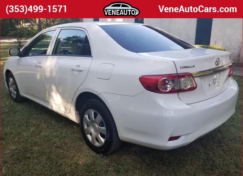 Toyota Corolla 2013 price $11,900