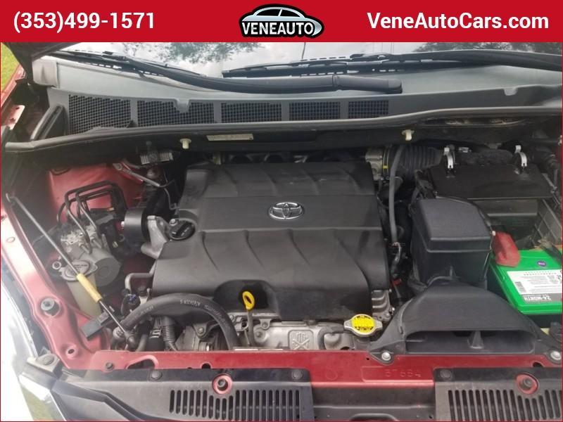 Toyota Sienna 2012 price $13,900