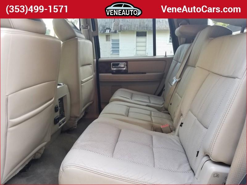 Lincoln Navigator 2011 price $13,900