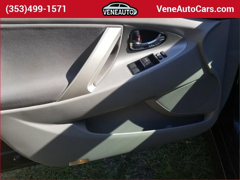 Toyota Camry 2011 price $11,900
