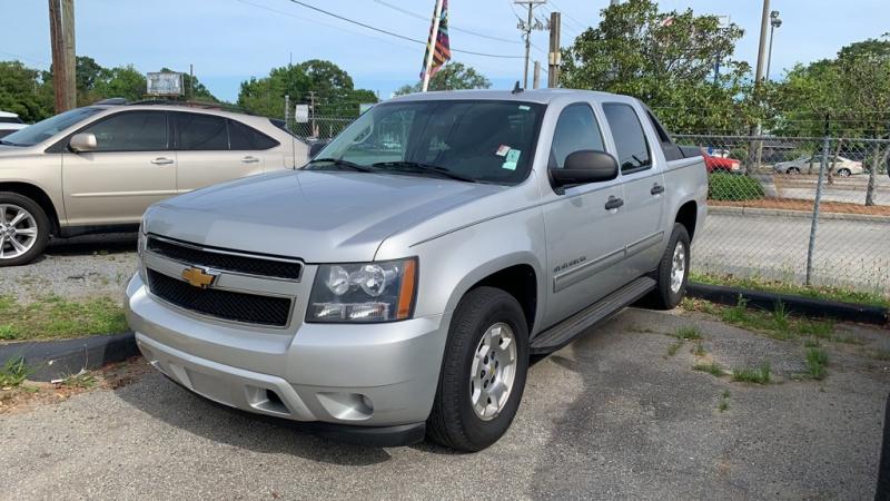 Chevrolet Avalanche 2010 price $13,097