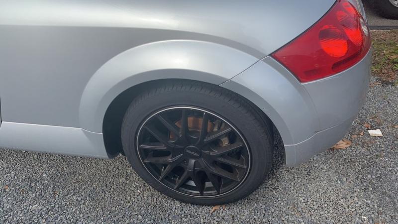 Audi TT 2000 price $6,376