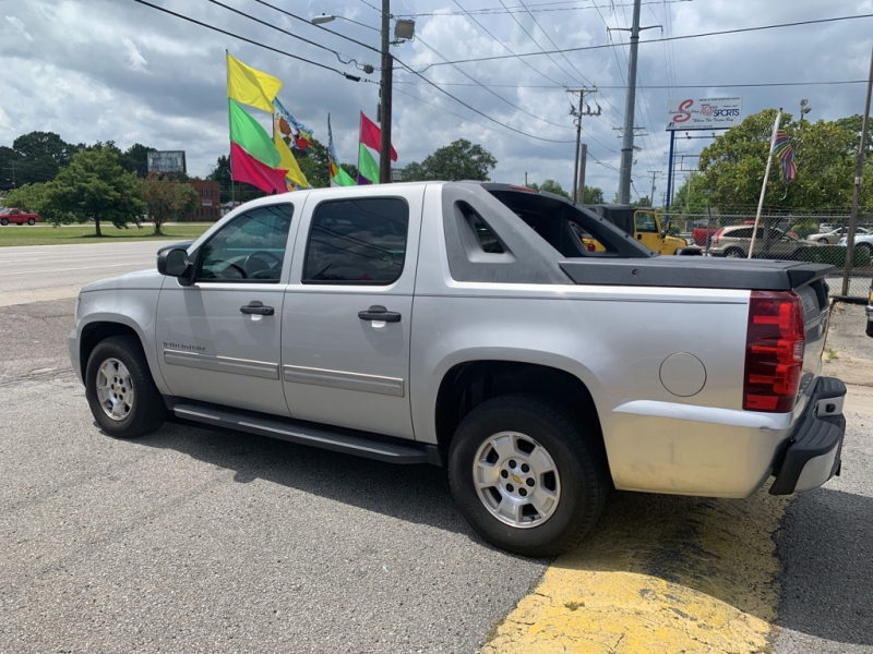 Chevrolet Avalanche 2009 price $9,994