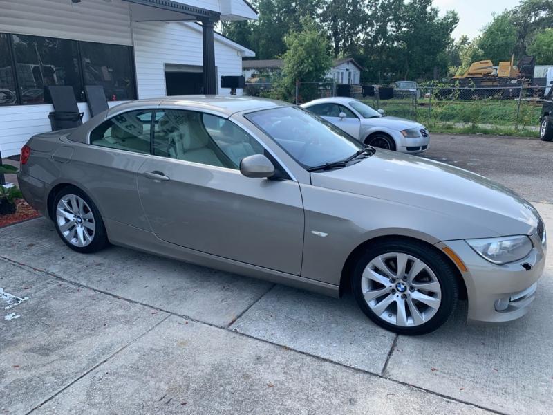 BMW 3 Series 2011 price $12,749