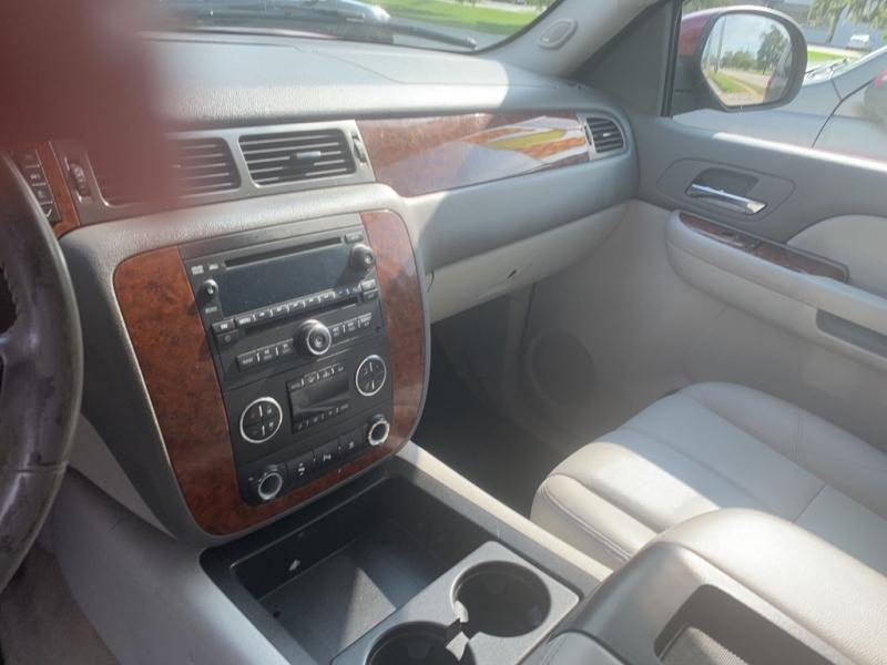 Chevrolet Suburban 2008 price $9,994